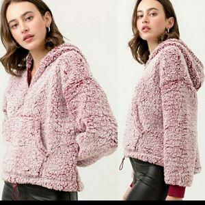 💥3/$10 🌟HP🌟Soooo Soft Sherpa sweater